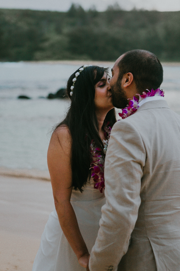 Kauai-wedding-photographer-molaa'a bay-rahul-nisha-33