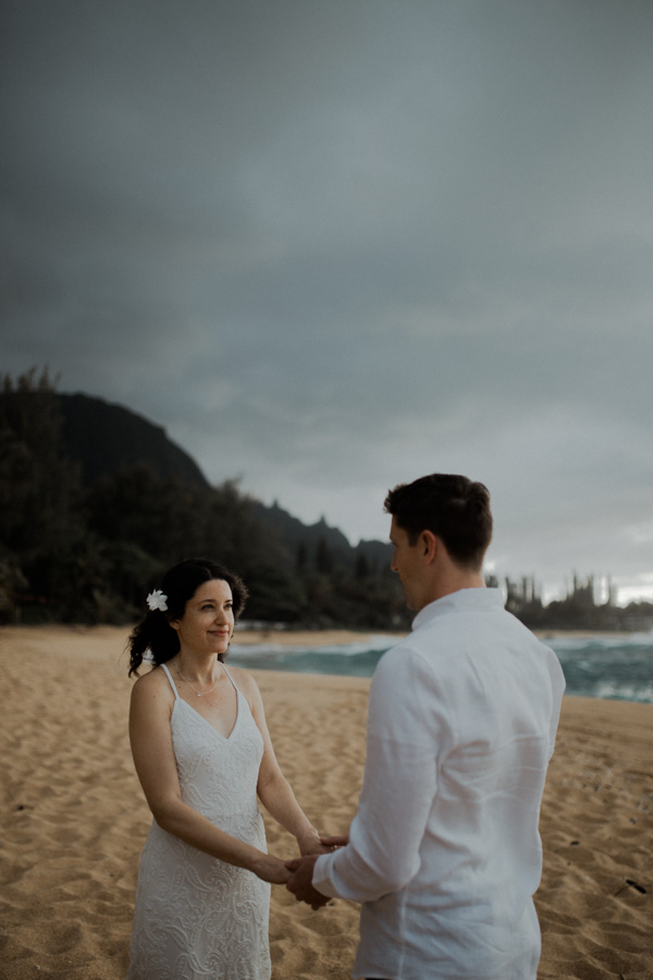 kauai elopement tunnels beach-25