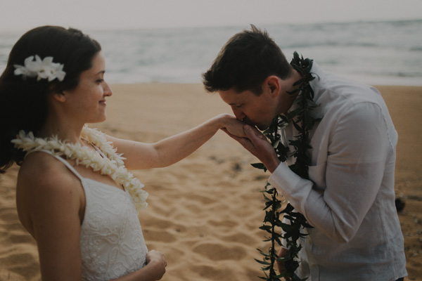 kauai elopement tunnels beach-34