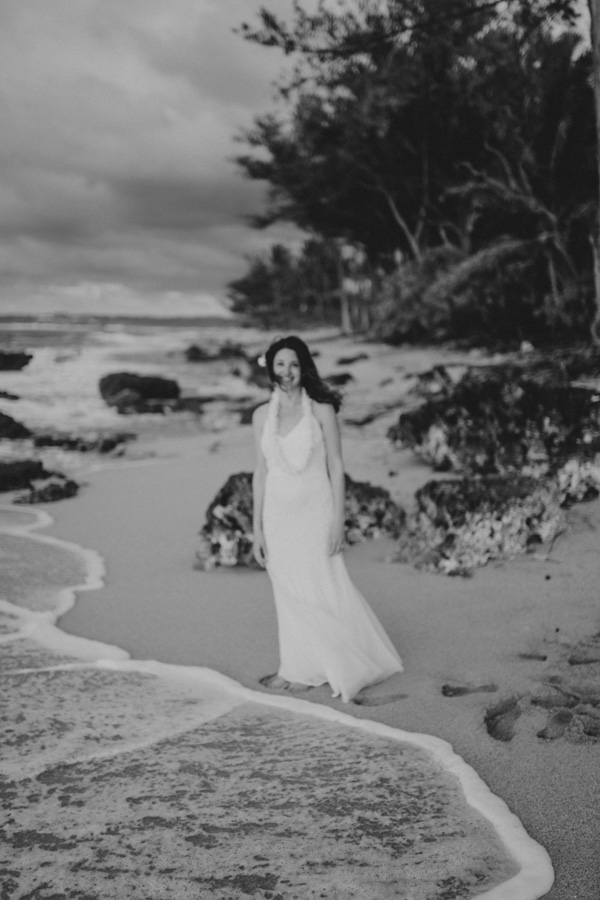 kauai elopement tunnels beach-50