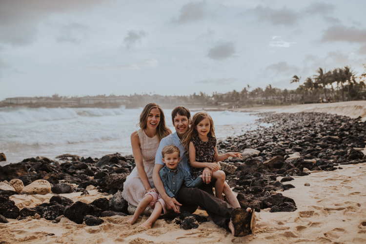 Kauai lifestyle family photography-43